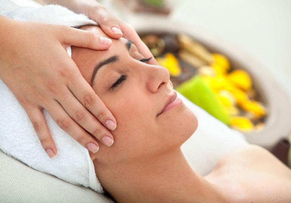 Tratamiento Facial Estético Isabel Bedia