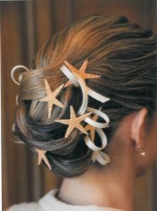 peinado novia con tocado elementos del mar