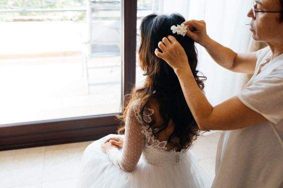 Profesional especializado en peinado novias en isabel Bedia