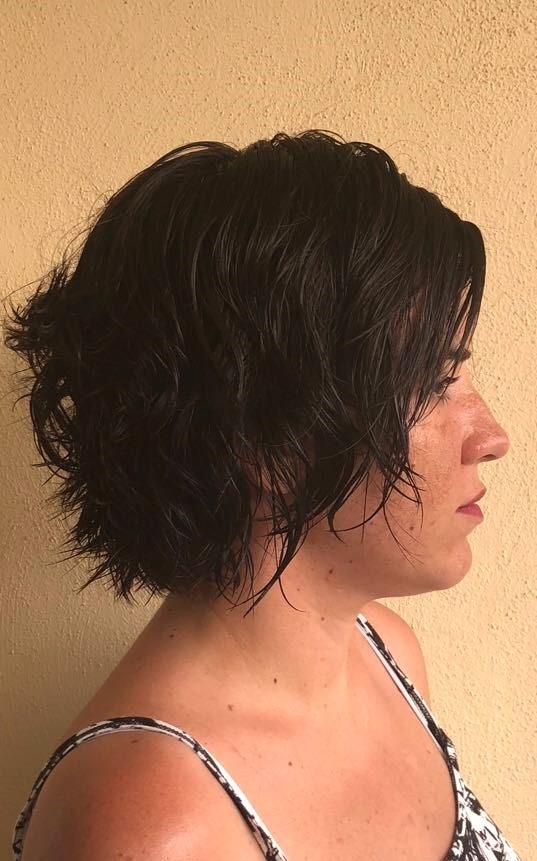 Corte De Mujer A Navaja Isabel Bedia Alicante